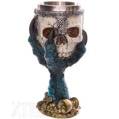 Copa calavera y garra de dragón