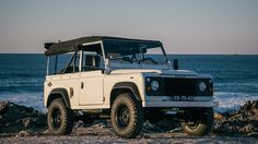 Coolnvntage Land Rover D90 (1).jpg