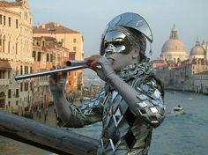 A silver Harlequin in Venice