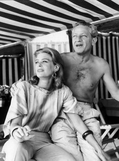 Melina Mercouri and Jules Dassin Never On Sunday, Journey To The Past, Black And White Stars, Music Film, Love At First Sight, Romantic Couples, Vintage Hollywood, Good People, Actors & Actresses