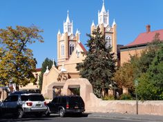 One of the oldest active Catholic churches in America. Albuquerque, New Mexico - Photo by Ronni