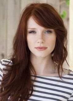 """Auburn hair color is a variation of red hair color but is more brownish in shade. Just like the ombre,Read More Flattering Auburn Hair Color Ideas"""" Hair Color Auburn, Red Hair Color, Color Red, Natural Auburn Hair, Natural Dark Red Hair, Hair Color For Fair Skin, Fall Auburn Hair, Dark Copper Hair, Short Auburn Hair"""
