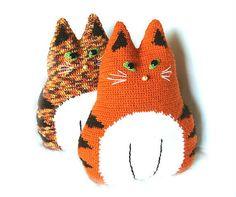 Crochet cats from etsy.