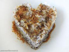 Porridge mit Mohn, Chia und gaaaaanz viel Amore ;)  http://www.gruene-smoothies-rezepte.de/vegan-wednesday-116-porridge-hokkaido-oreo-bananen-kuchen/