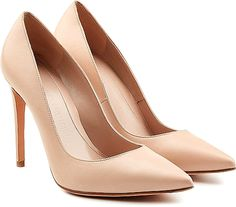 Alexander McQueen Shoes - A chic investment in smooth nude leather, these pointed-toe pumps from Alexander McQueen are effortlessly sleek with a pin-thin stiletto heel. Take them from business to pleasure - they work for both. Beige Pumps, Beige Shoes, Beige High Heels, Stiletto Shoes, High Heels Stilettos, Alexander Mcqueen Schuhe, Pump Shoes, Shoes Heels, Wedding Shoes