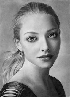 Amanda Seyfried Drawing by Elisabeth Frost (elisabethsmenesfrost)