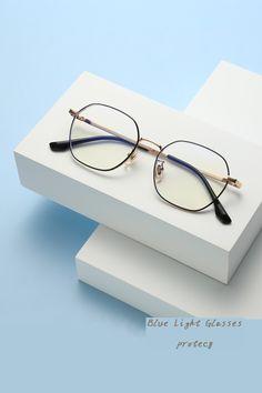 Anti Glare Glasses, Titanium Glasses, Eye Strain, Mode Streetwear, Mens Glasses, Glasses Frames, Light Blue, Lens, Night