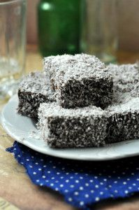 kókuszkocka gluténmentesen Gluten Free Recipes, Healthy Recipes, Paleo Food, Bolos Low Carb, Gm Diet, Salty Snacks, Dairy Free, Sweet Tooth, Food And Drink