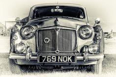 769 NOK by Mark Johnson, via 500px