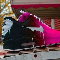 Nike Air Max 90 Candy Drip Gradient Black and Red Trainer Jordan Shoes Girls, Girls Shoes, Nike Shoes Air Force, Nike Air Max, Air Max 90, Cute Sneakers, Sneakers Nike, Sneakers Fashion, Fashion Shoes