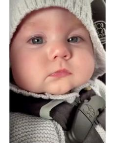 Cute Funny Baby Videos, Cute Funny Babies, Funny Kids, Pretty Kids, Cute Kids, Cute Little Baby, Little Babies, Beautiful Children, Beautiful Babies