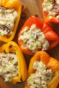 These Blue Cheese & Bacon Stuffed Bell Peppers have so much flavor - you will not miss the carbs! Perfect keto party food everyone will love! Cheese Stuffed Peppers, Stuffed Sweet Peppers, Wine Recipes, Low Carb Recipes, Grilled Bell Peppers, Blue Cheese Recipes, Lemon Shortbread Cookies, Cant Stop Eating, Bacon Dip