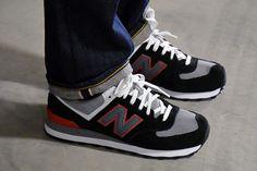 New Balance 574 – Black / Grey – White
