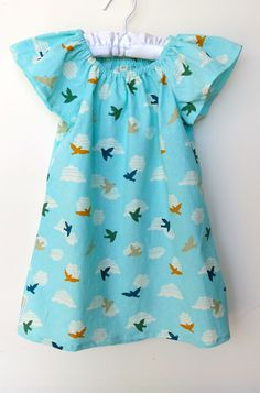 Organic Girl  dress/ #makeforgood  / Girl Dress 3 years / Flutter sleeve dress / Organic Baby clothes / Dress with birds / Retro girl - pinned by pin4etsy.com