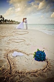 Caribbean Destination Wedding Beach Photo Opportunity