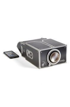 This. Is. Brilliant. :: Projector kit you can use with your smartphone. Less than $30!