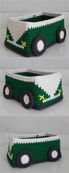 Trending DIY Crochet Patterns And Ideas – Diy Rustics Trending DIY Crochet Patterns And Ideas – Diy Rustics Crochet Mat, Diy Crochet Patterns, Crochet Shoes, Crochet Crafts, Crochet Stitches, Crochet Projects, Free Crochet, Knitting Patterns, Crochet Ideas