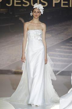 #kamzakrasou #sexi #love #jeans #clothes #coat #shoes #fashion #style #outfit #heels #bags #treasure #blouses #dressKolekcia Svadobné šaty s nádychom Španielska