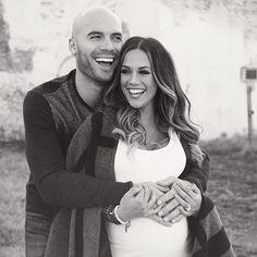 Jana Kramer maternity
