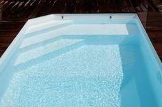 Escalier banquette piscine parfait!