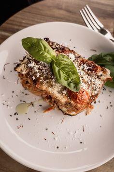 Rezept für vegetarischen Quinoa Auflauf mit Tomatensauce und Käse