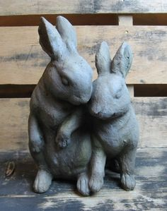 BUNNY RABBIT S Statue/Sculpture*Primitive/French Country Easter Garden Decor