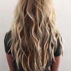 beachy waves. long hair. blonde.