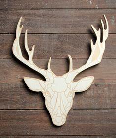 Reno Estampado - Perchero en madera. $65.000 COP. Cómpralo aquí--> https://www.dekosas.com/productos/decoracion-hogar-muebles-perchero-reno-estampado-resto-madero-detalle