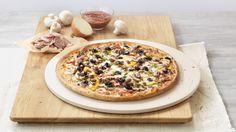 Pizza «ExtravaganZZa» – Tomato sauce, Mozzarella, Pepperoni (salami), Ham, Beef, Mushrooms, Peppers, Olives, Onions – Sizes: S - 25cm, M - 30cm, L - 35cm Mozzarella, Vegetable Pizza, Camembert Cheese, Menu, Vegetables, Food, Hama, Pizza, Food Food