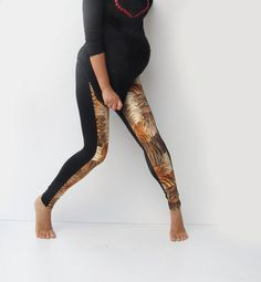 Rawr, mama. Rawr. Maternity Leggings in Tiger Print. #pregnancy
