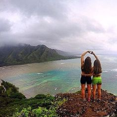 This view  Lucky We Live Hawaii moment with @schmoolie_ #luckywelivehawaii
