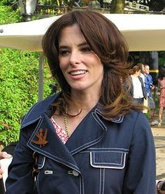 Parker Posey b. in Baltimore, MD but grew up in Laurel, MS
