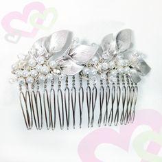 Silver Calla Lily Hair Comb #kittybug