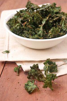 Za'atar Spiced Air-Fried Kale Chips