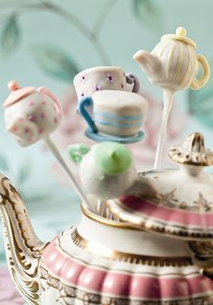 Tea Time Cake Pops: Kick off high tea with beautifully-detailed cake pops in the shape of teapots and teacups.   Source: Molly Bakes