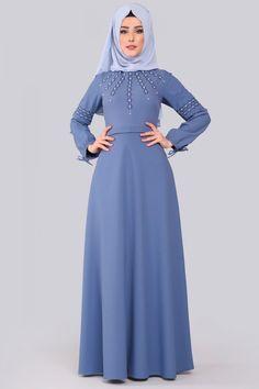 Hijab Fashion, Women's Fashion, Moslem Fashion, Black Abaya, Latest African Fashion Dresses, Sewing Clothes, The Dress, Muslim, Collection