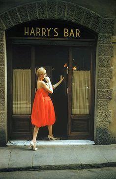 "Model in Fabiani's ""bag"" dress is entering Harry's Bar in Paris, photo by Mark Shaw, 1957 | by skorver1"