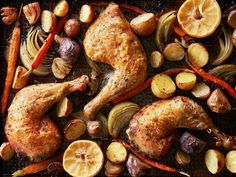 What's easier than throwing all your ingredients on a single pan to roast? When it comes to dinner, not much. Try our roast chicken sheet pan dinner today!