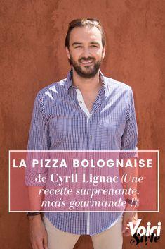 La Pizza est un plat qui met tout le monde d'accord. Cyril Lignac l'a bien compris et nous propose sa recette surprenante de la pizza bolognaise. À découvrir sur voici.fr Pizza Bolognaise, Sauce Bolognaise, Pizza Roulée, Voici, Recipe, Olive Oil, Dish, World