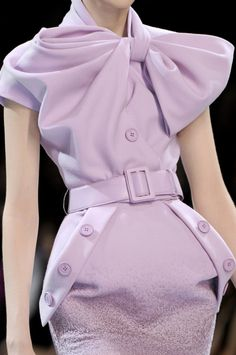 Stunning.  Christian Dior Haute Couture the structure is gorgeous colour light hearted love it