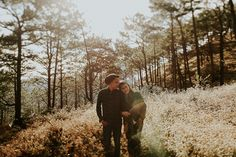 This Couple Went Exploring in the Woods for their Engagement Shoot Country Engagement Pictures, Engagement Photo Poses, Fall Engagement, Engagement Shoots, Engagement Photography, Prenup Ideas Nature, Couple Shots, Pre Wedding Photoshoot, Wedding Blog