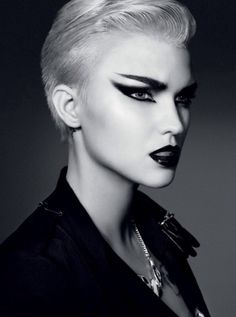 Punk/rock makeup inspiration #spadelic #makeup #punk                                                                                                                                                                                 Plus