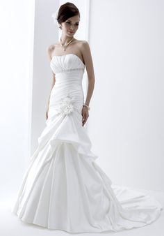 Angel and Tradition by Venus Bridal Style - Simple Wedding Dresses Uk, Bridal Wedding Dresses, Wedding Dress Styles, Dream Wedding Dresses, Wedding Attire, Bridal Style, Wedding Bells, Mermaid Dresses, Boyfriends