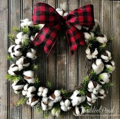 Are you searching for pictures for farmhouse christmas tree? Browse around this site for amazing farmhouse christmas tree inspiration. This amazing farmhouse christmas tree ideas seems absolutely terrific. Plaid Christmas, Christmas Holidays, Christmas Crafts, Christmas Decorations, Christmas Ornaments, Christmas Music, Christmas Carol, Christmas Tree, Handmade Christmas