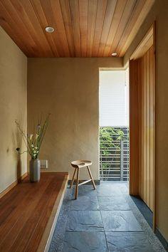 Japanese Modern House, Modern Japanese Interior, Japanese Home Design, Entrance Design, House Entrance, Home Interior Design, Interior Architecture, House On The Rock, Space Interiors