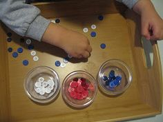 Little Fingers Big Dreams: Sorting Buttons: Red, White, and Blue