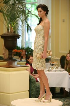 gold lace cocktail dress designed by luly yang. photo: team photogenic.