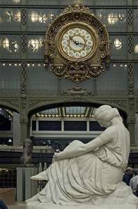 A statue in the Orsay museum