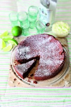 Nigella Lawson's flourless chocolate lime cake with margarita cream--yummy and out of this world! Cheesecakes, Just Desserts, Dessert Recipes, Cupcake Cakes, Cupcakes, Lime Cake, Flourless Chocolate Cakes, Chocolate Chocolate, Delicious Chocolate