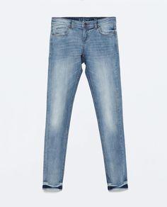 LOW RISE SKINNY JEANS from Zara   Ref. 4806/022  249.90 HRK